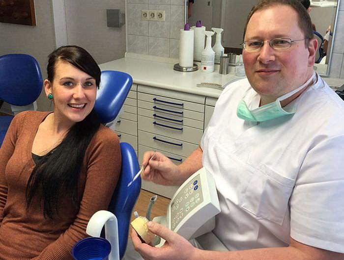 Zahnarztpraxis Gollnow aus Bochum. Ihr freundliche Zahnarzt.