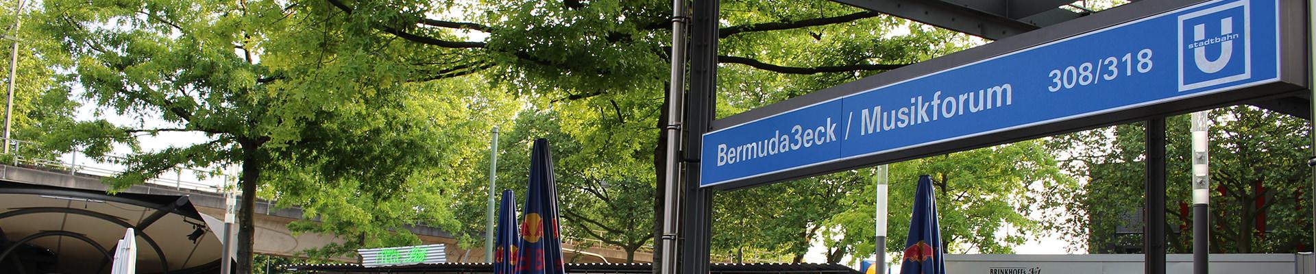 Mit öffentlichen Verkehrsmitteln, steigen sie am Bermudadreieck / Musikforum aus. Zahnarzt Gollnow - Zahnarztpraxis in Bochum