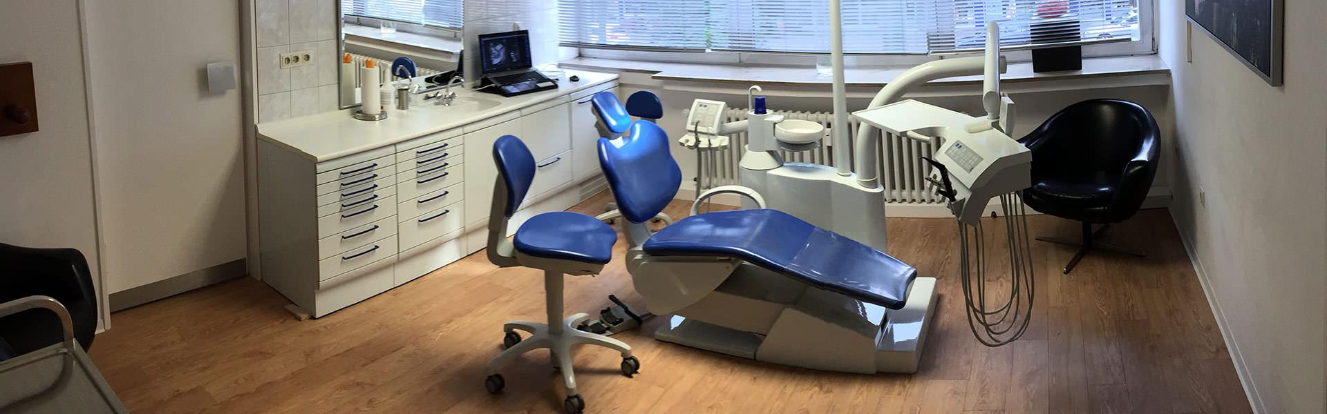 Zahnarzt Gollnow, hell und freundlich, in Bochum.